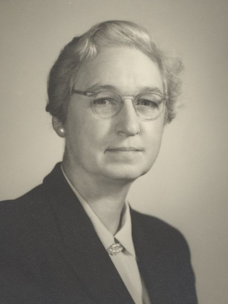 Virginia Apgar (1909-1974) Médica que ideó el Test de Apgar http://www.mujeresenlahistoria.com/2015/07/el-angel-de-los-neonatos-virginia-apgar.html