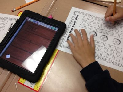 I {Heart} Teaching: Dice Games with the iPad - free app + iPad center = happy teacher and engaged students!