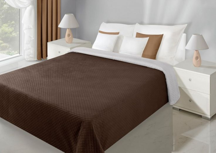 Krémovo-hnedý prehoz Filip je dostupný v 5 rozmeroch: 70x150, 170x210, 200x220, 220x240 alebo 230x260 cm.