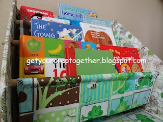 kids bookcase using a cardboard box!  Genius!