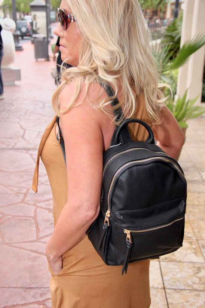 This little black backpack is perfect for those Fall or Art Festivals! $74 bag #ShopALB #ApricotLaneTS