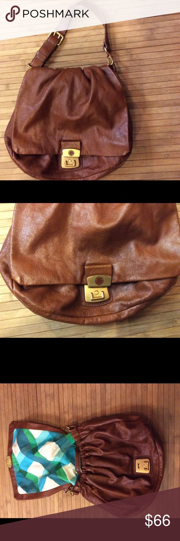 Marc Jacobs leather bag Good used condition with minimal signs of wear! Authentic and all leather. This is a medium sized bag Marc by Marc Jacobs Bags Satchels