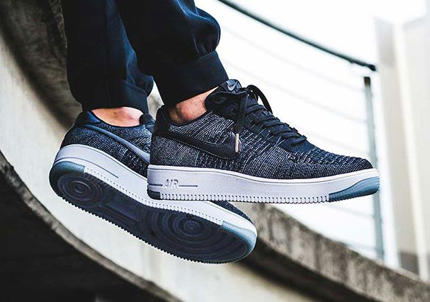 Nike Air Force 1 Flyknit Black/Black/Dark Grey/White