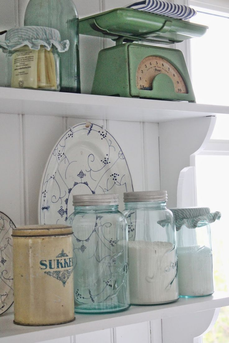 Vibeke design bl gr nne favoritter shabby chic for Kitchen jar decoration