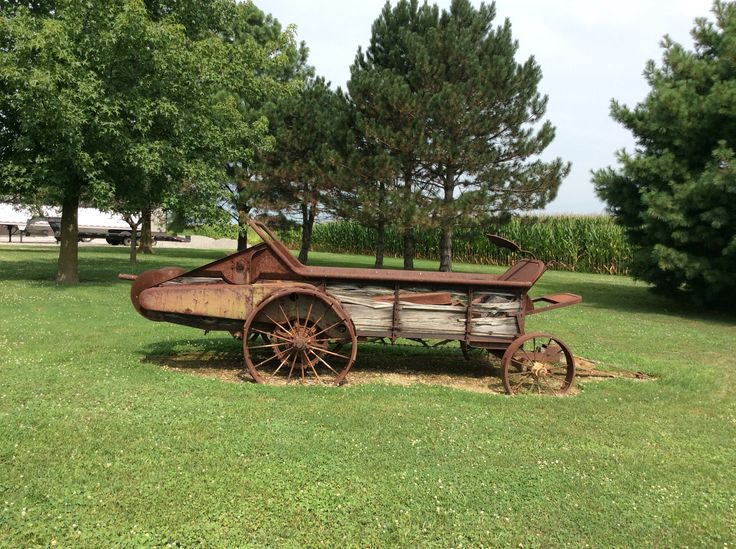Old john deere manure spreader we are going to redo wood