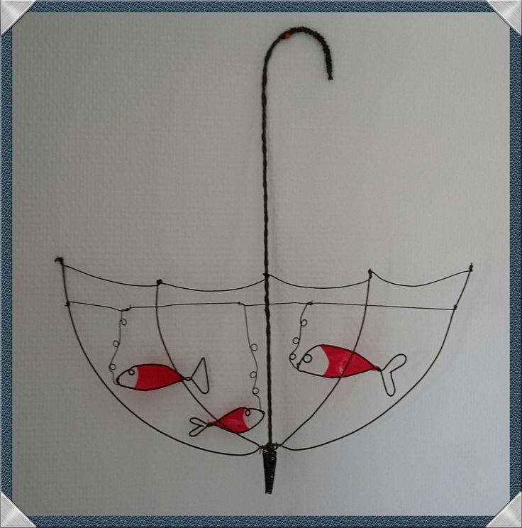 """""""AQUARIUM-PARAPLUIE et poissons rouges"""" : Décorations murales par fil-et-mousse"""