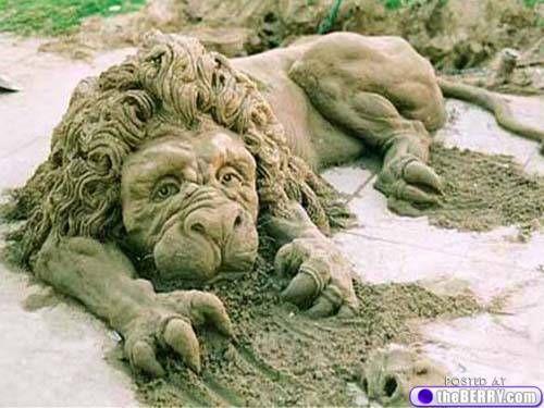 a sand sculptures 5 Some serious sand sculptures (21 photos)