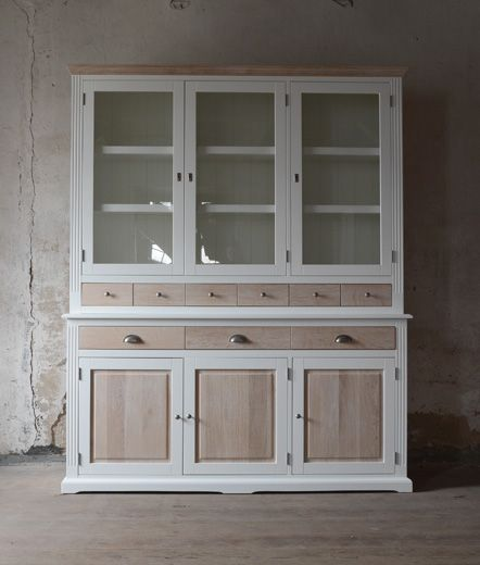 white oak glass-case