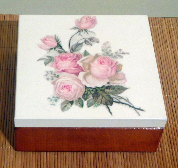 różana szkatułka