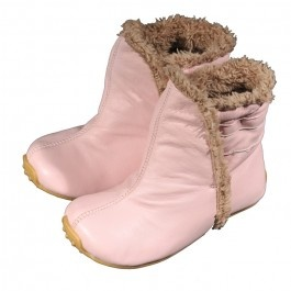 Pink winter boots  http://www.babybootique.com.au/winter-boots-in-pink.html