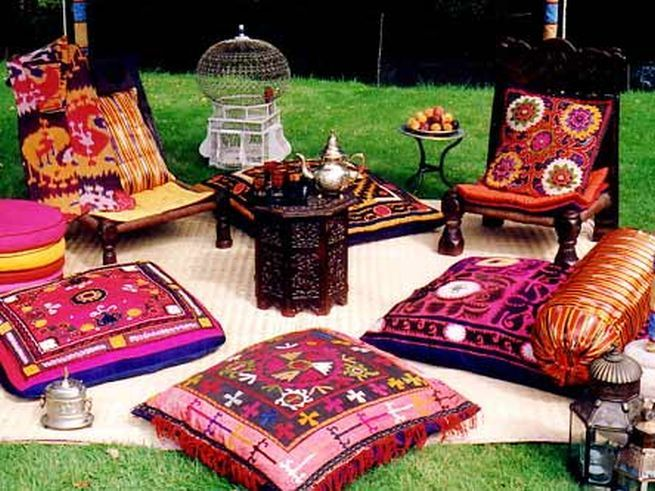 Outdoor Moroccan Floor Pillows : Why the Moroccan Floor Pillows are Different? : Moroccan Floor Pillows Cheap Party Pinterest ...