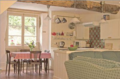 Midi Pyrenees-4 Stijlvolle self-catering cottages met prachtig zwembad aan de voet van de Pyreneeën (4 - 6 pers)
