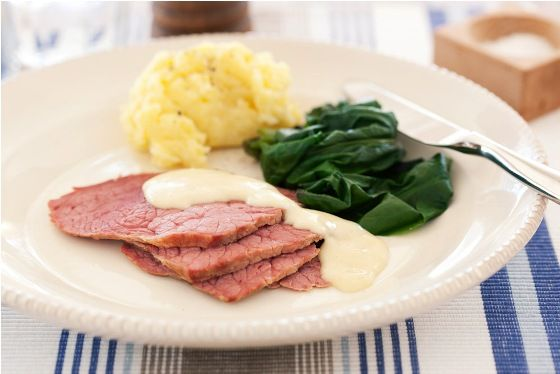 instruction on how to cook silverside in slow cooker