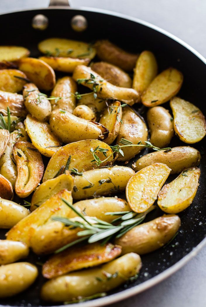 crispy roasted fingerling potatoes