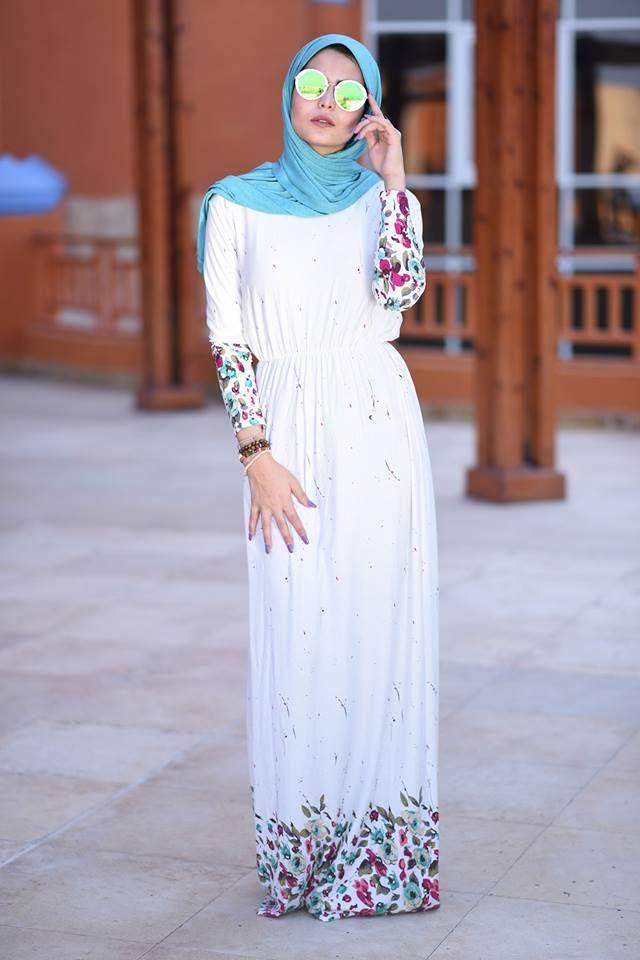 white maxi dress-Summer hijab trends http://www.justtrendygirls.com/summer-hijab-trends/