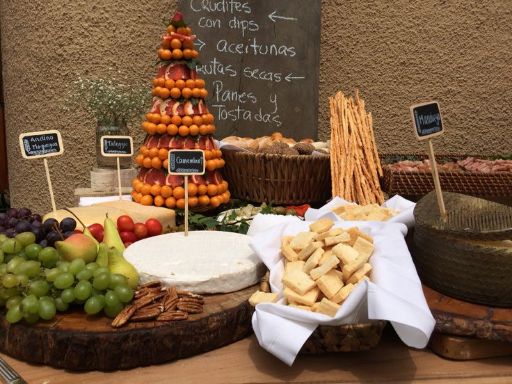 10 best matrimonio en pachacamac images on pinterest mesas candy stations and cheese table - Mesa de quesos para bodas ...