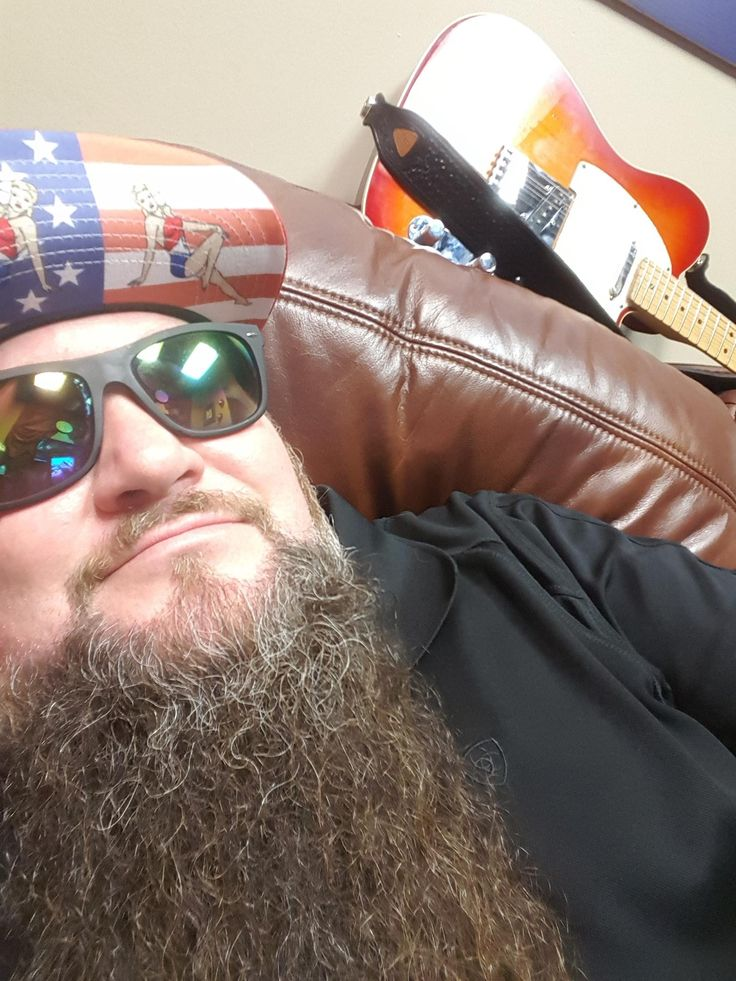 "Sundance Head: "" waiting on y'all to show up tonite at MO'S PLACE in Katy Tx. Come early and check out my amigos Jody Booth and Chris Salina. The badasseries stars at 8pm and goes all nite """
