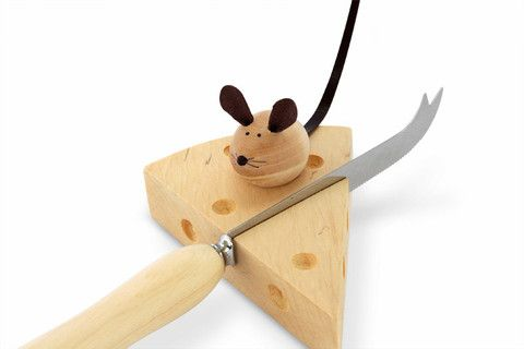 There is no other word for this but cute or maybe adorable! The combination of cheese knife, 'cheese' rest with mouse waiting his turn for the cheese is charming and original and only the hardest hearts would find it too cheesy!