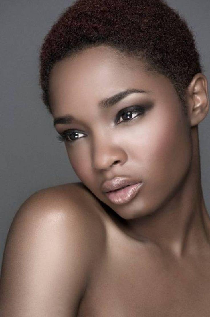 Obrazy afrykańskie krótkie fryzury krótkie fryzury Afro-Amerykanów dla kobiet Lauriebrown