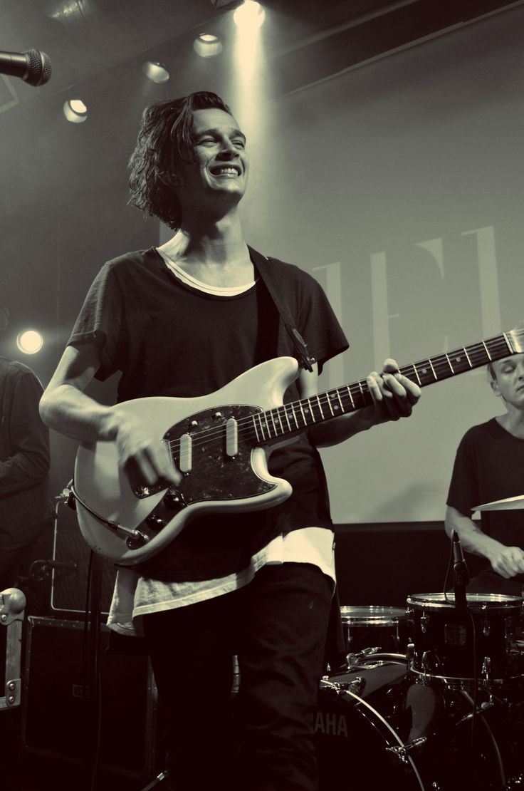 78 best the 1975 images on pinterest