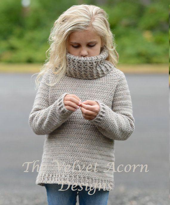 Listado para ganchillo patrón sólo del Jersey Portlynn.  Este suéter es hecho a mano y diseñado con el confort y la calidez en la mente... Accesorio perfecto para todas las estaciones.  Todos los patrones son inglés instrucciones por escrito en términos estándar estándar de Estados Unidos.  ** Hilo de peso utilizado de lana peinada.  12 / 18m (circunferencia de pecho de suéter 20,25 pulgadas) 2/3 (circunferencia de pecho de suéter 22,5 pulgadas) 4/5 (circunferencia de pecho de suéter 26,5…