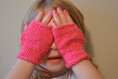Very simple Pink Girly Mitts (knit) for ages 3 - 5. Go up or down in needle size for smaller or larger.