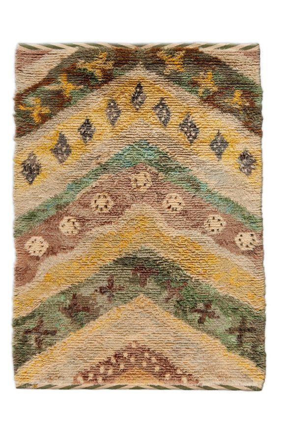 "A Swedish rya rug BB4717 - ""Chevron"" rya rug designed by Edna Martin, signed ""SHEM"" (Swedish Home craft) ..."