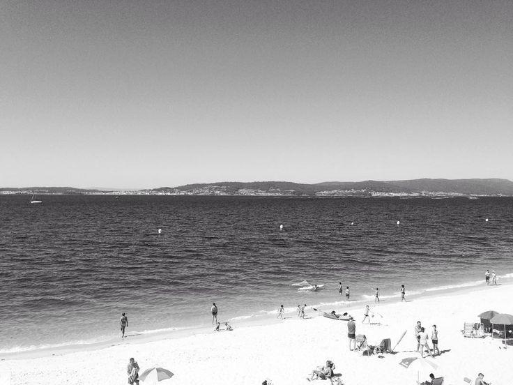 La playa en blanco y negro no es lo mismo