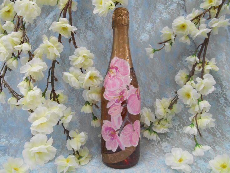 Подарочное шампанское с рисунком розовых орхидей в технике декупаж. #праздник #подарок #шампанское #орхидеи #розовый #декупаж #ручнаяработа #soprunstudio