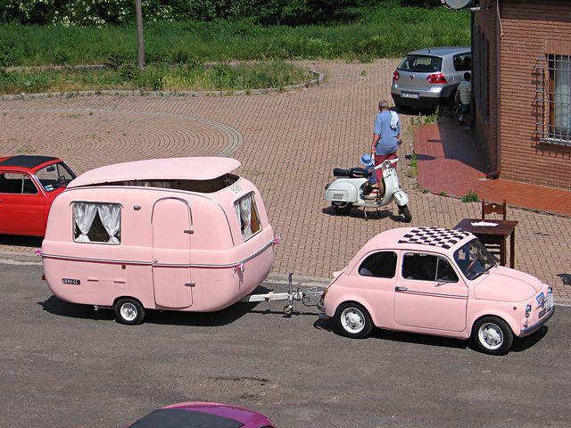 FIAT #fiat 500 with pink caravan