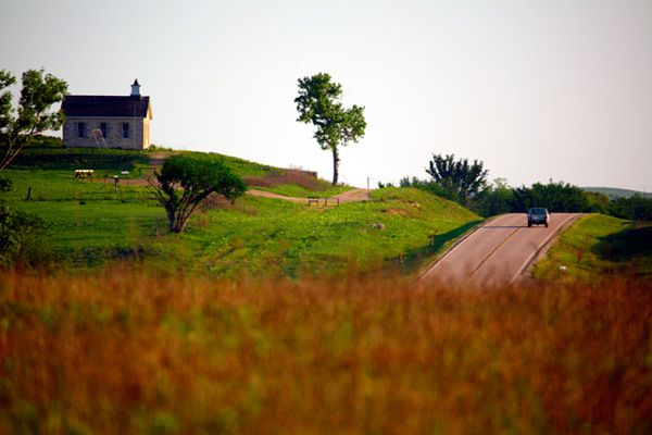 Take These 8 Country Roads In Kansas For An Unforgettable Scenic Drive