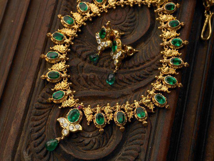 Beautiful Emeralds Temple Jewellery from ARNAV - MinMit