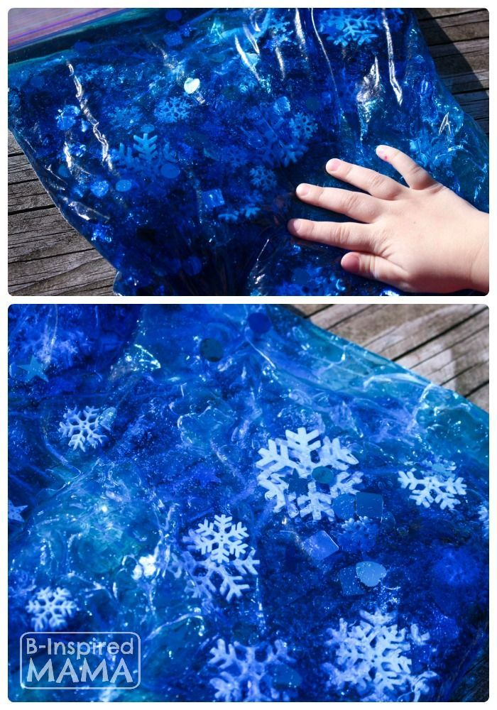 Have you ever made a Sensory Bag for your kids?  They're so easy!  A Snowflake Sensory Bag for No-Mess Sensory Play at B-Inspired Mama