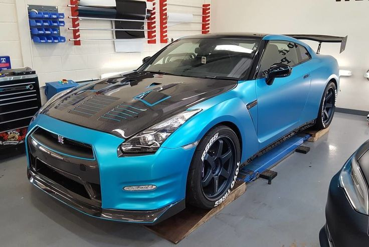 Awesome 1200bhp #nissan #gtr full wrapped in @3mwrapsuk satin ocean shimmer. Fantastic job by @ptw_vehiclewrapping #MakeitStick #PaintisDead