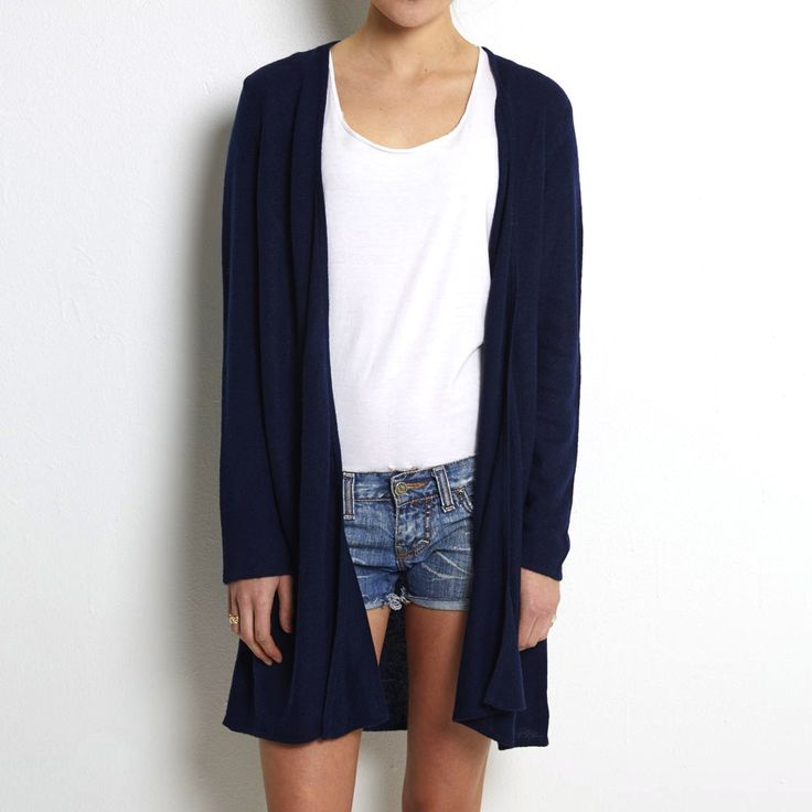 Loose knit cardigan navy cashmere www.wildwool.no