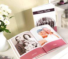 Die Familienchronik kann auch in einem Fotobuch besonders persönlich festgehalten werden.