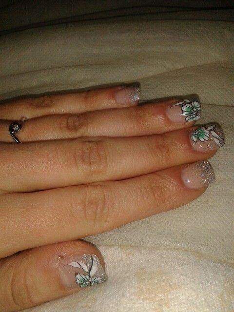 #nailart#micropittura#gel#glitter#fiori#primavera#luccicose