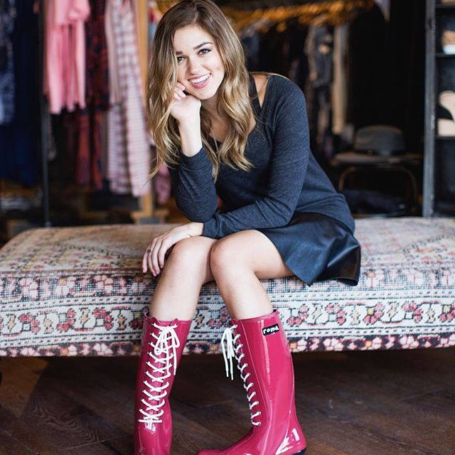 Sadie Robertson Roma boots. Nice boots , cool charity . Thing is she hasn't gone to Romania . Roots to Romanian kids? Gypsy this that that this. Mix with the Anchor Baby crap and Smurf kidnapping jokes. And threats yeah hummm funny . Christ like