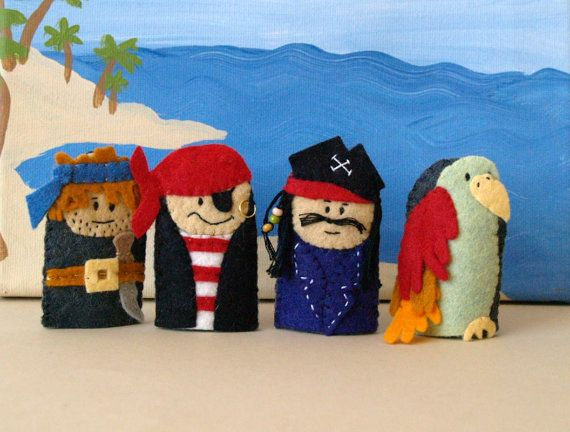 felt pirate finger puppets
