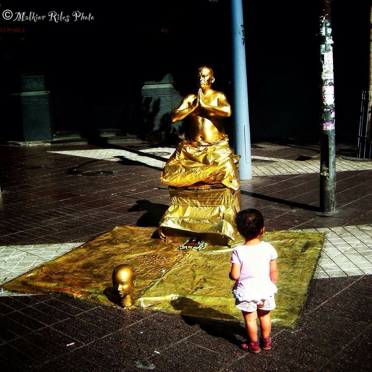 Malkior Riles Photographs: Buda