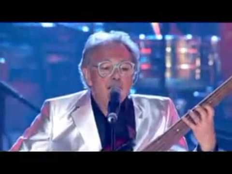Producer / singer / bassist Trevor Horn performs his legendary hit in 2004 Prince's Trust