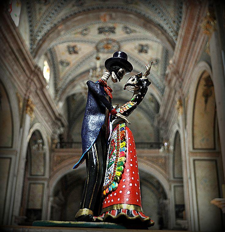 La Catrina fall in love. | by el_catrinero