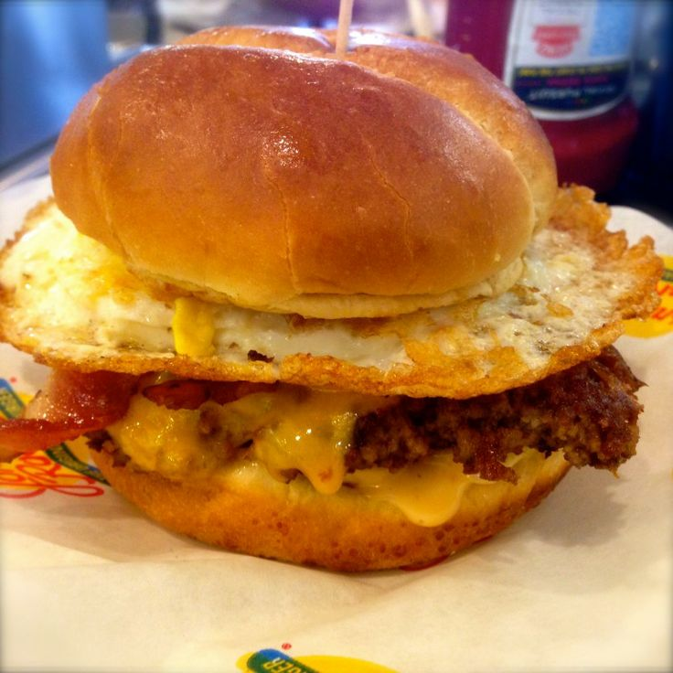My Bacon Egg Burger With Johnny Rocket S Special Sauce Thanks James W For The Mouthwatering Picture Find This Pin And More On Build Your Own