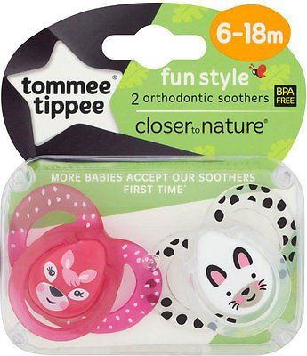 Tommee Tippee Closer to Nature Fun Style Soothers 6-18mths (2)