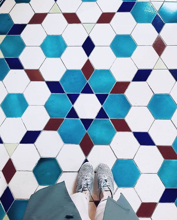"""7,921 Likes, 9 Comments - I Have This Thing With Floors (@ihavethisthingwithfloors) on Instagram: """"Weekend! Let's hit the dance floor. Photo by @laperm_style #ihavethisthingwithfloors #blue…"""""""