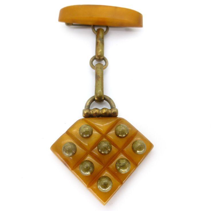 Vintage Bakelite Jewellery 106