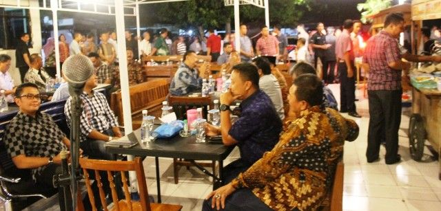 Kapolda Jatim Cangkrukan di Mapolres Madiun | TRIBRATANEWS JAWA TIMUR