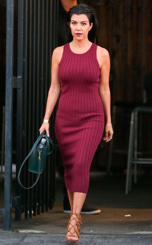 kourtney kardashian vestido midi