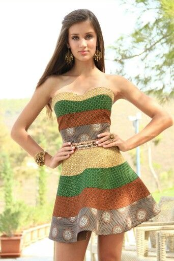 Loving our traditional South-African materials! Stunning Shweshwe dress by Eulogeo Zeloo