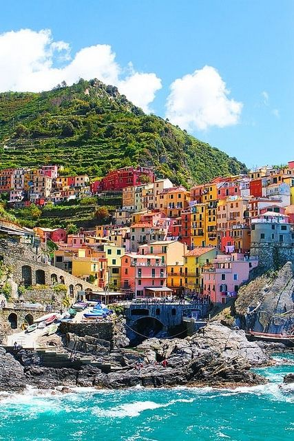 Seaside Cinque Terre Italy: Cinqueterre, Cinque Terre Italy, Buckets Lists, Color, Day Trips, Beautiful Places, Places I D, Italian Riviera, Travel Destinations